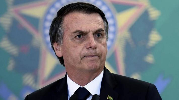 """Bolsonaro dice que el coronavirus es una """"fantasía inflada por la prensa"""""""