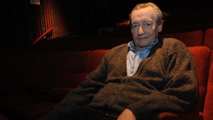 El director teatral y maestro de actores Agustín Alezzo falleció por coronavirus