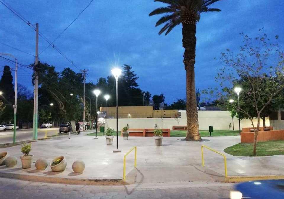 Normalización del alumbrado público en Rivadavia