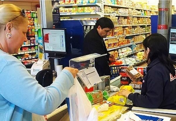 Empleados de comercio piden un aumento del 30% en paritaria