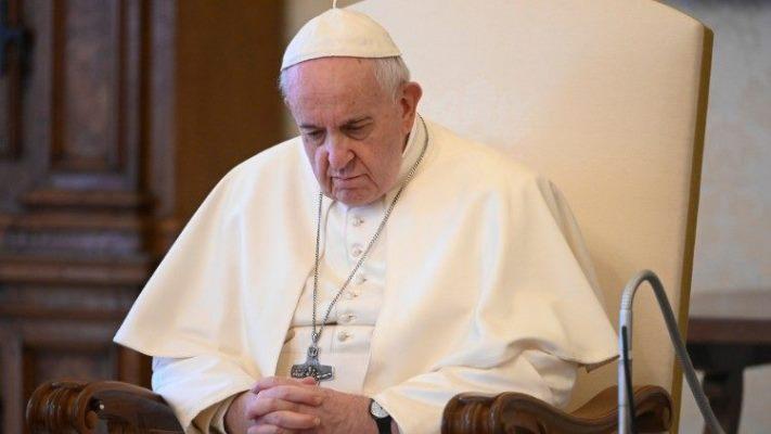 """Francisco, """"lamento que la pandemia golpee a los más pobres"""""""
