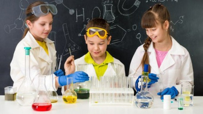 """Importante convocatoria del Concurso """"Jóvenes Científicos"""""""