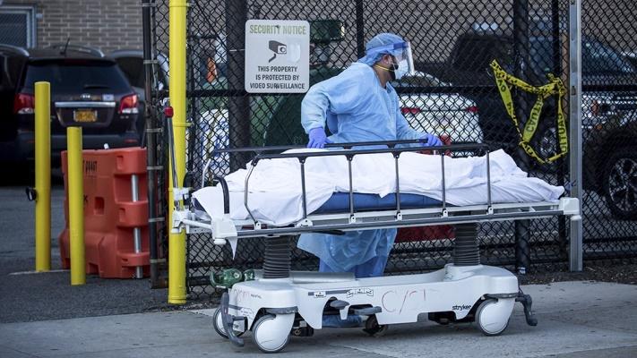 Estados Unidos registró más de 2.100 muertos por coronavirus en un día