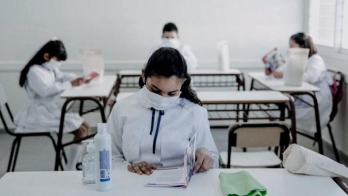 Las provincias plantean iniciar las clases en marzo