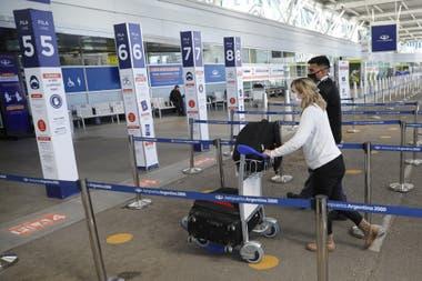 El Gobierno cierra las fronteras a turistas hasta el 8 de enero