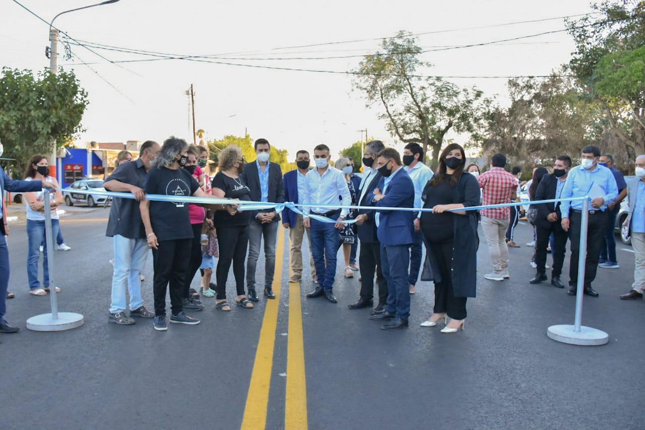Chimbas concreta la primera etapa de la repavimentación e iluminación led de calle Tucumán