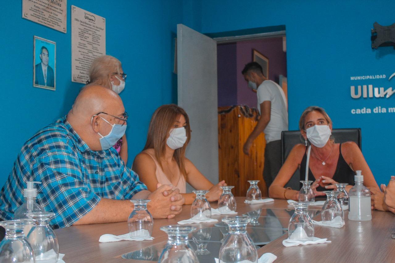 """Lanzan proyecto solidario """"Vamos a Coser"""" en Ullum"""