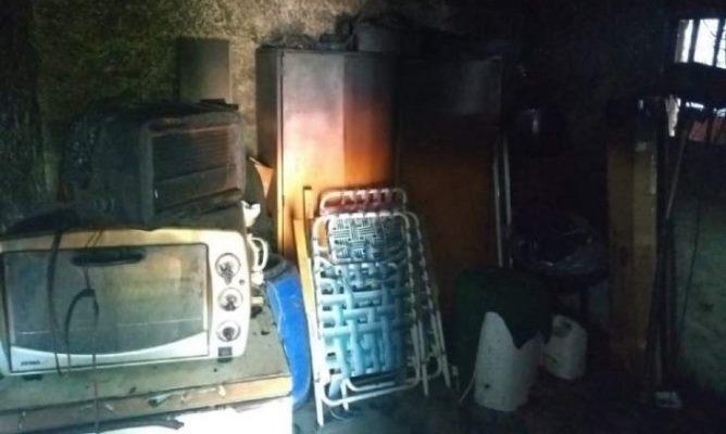 """Una familia en Chimbas quedó """"con lo puesto"""" por un cortocircuito que les quemó todo"""