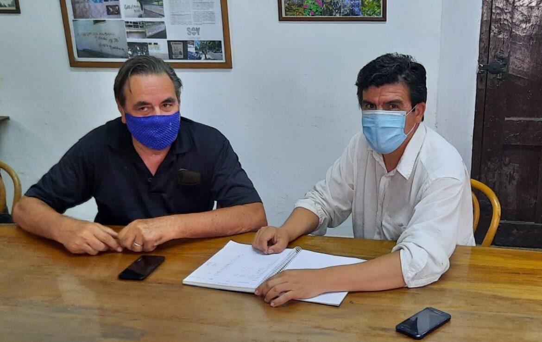 El vicepresidente de INV,  Hugo Carmona recibió las inquietudes de la Asociación de Viñateros Independientes de San Juan