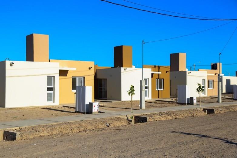 Jorge Ferraresi llega a San Juan para inaugurar un barrio y firmar convenio marco por 1800 viviendas