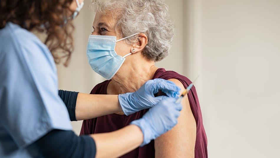 San Martín trasladará a los mayores de 80 años para que se vacunen contra el coronavirus