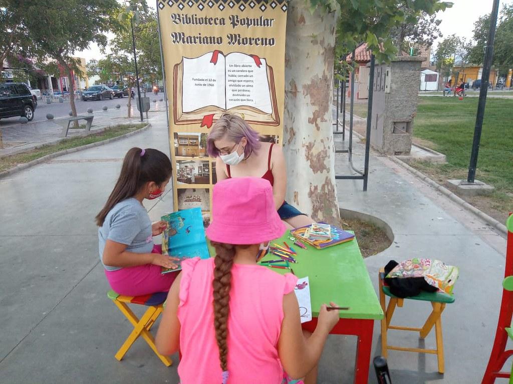 Conocé la biblioteca popular Mariano Moreno, 54 años apostando a la cultura local