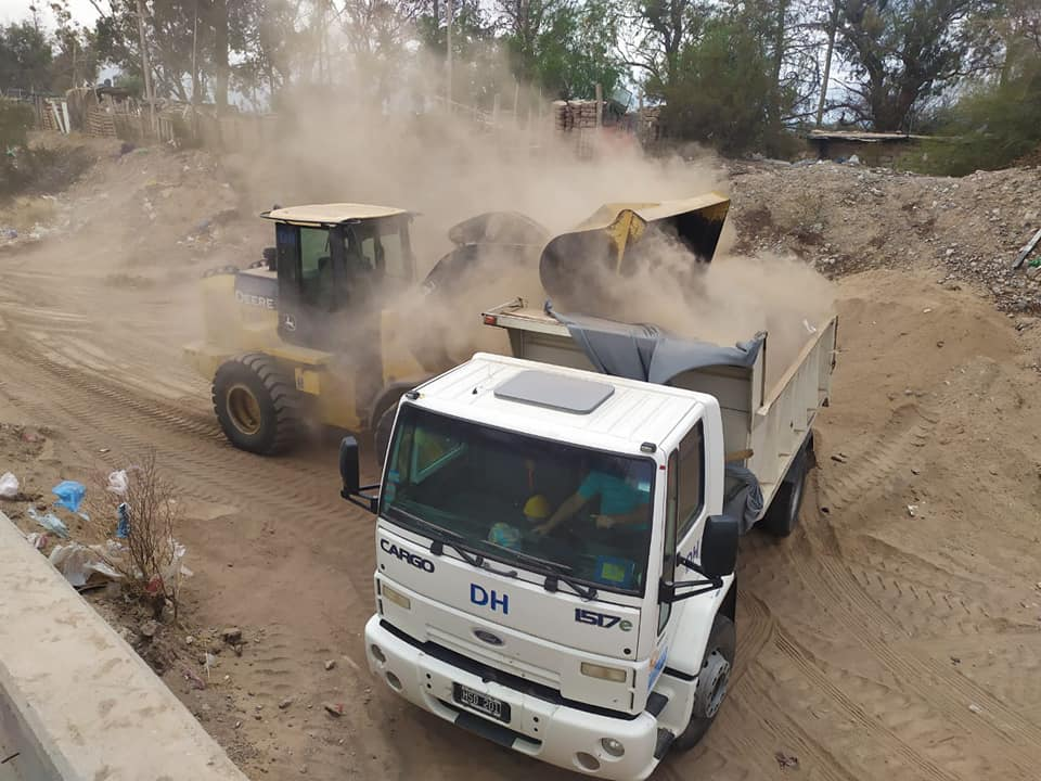 Continúan las obras para ayudar a los vecinos de Pocito afectados por el terremoto
