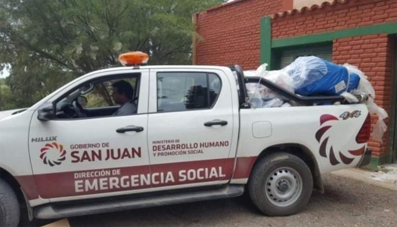 Comienzan a evacuar a las familias afectadas por las intensas lluvias
