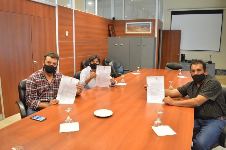 Calingasta: concretaron la entrega de aportes a cooperativas