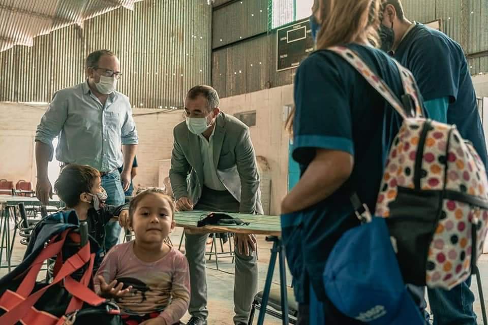 Rivadavia: trasladaron a 3 familias al centro de evacuación del Club del Bono