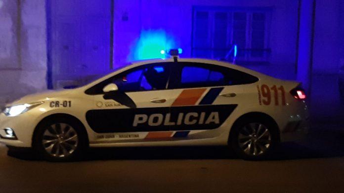 Un móvil policial volcó en el departamento de 9 de Julio
