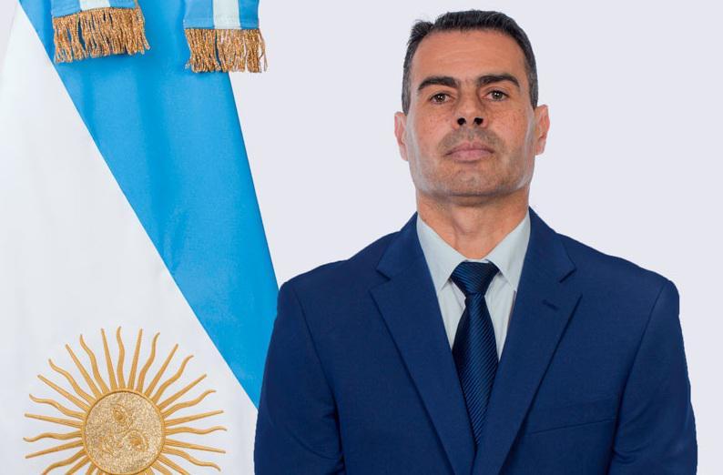 El Secretario General de la Gobernación, Juan Flores, dió positivo de coronavirus