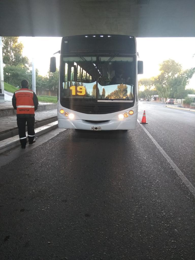 Operativo ventanillas abiertas: Choferes de colectivos aseguran que los pasajeros las cierran