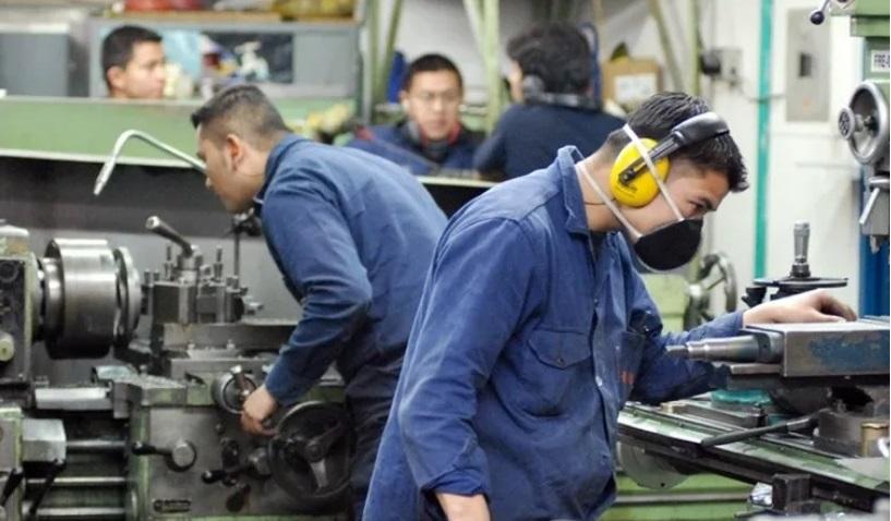 La actividad económica cayó 2,6% durante febrero