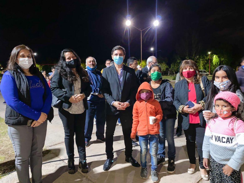 Más iluminación con tecnología de avanzada llega a otro barrio de San Martín
