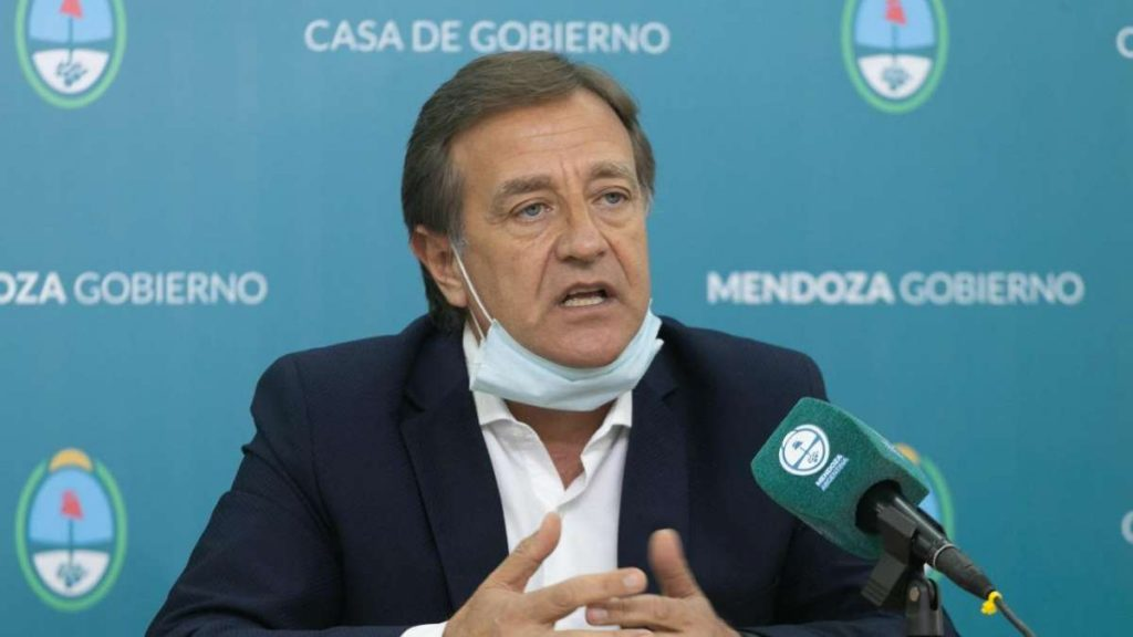 El gobernador de Mendoza pidió que las restricciones del AMBA se apliquen por igual en todo el país
