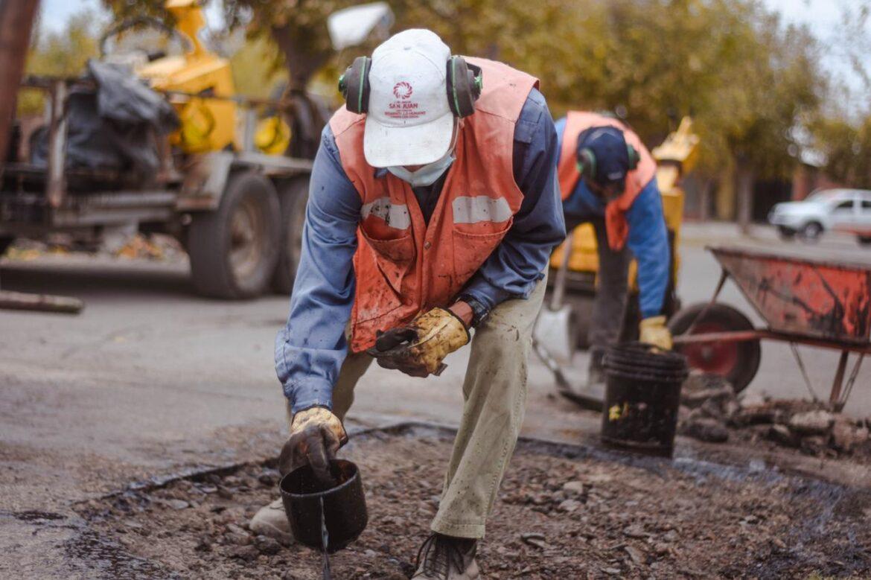 Continúa el programa de mejoramiento de calles en Caucete