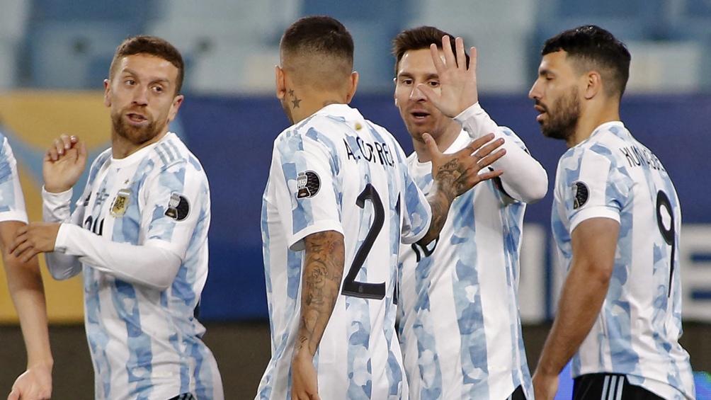 Argentina goleó a Bolivia y espera afilada los cuartos