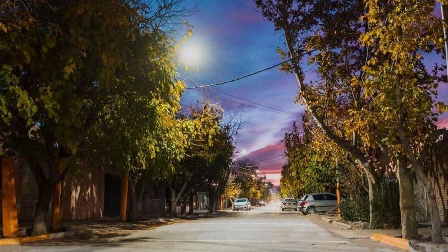 Santa Lucía: Iluminan con LED el barrio Camilo Rojo