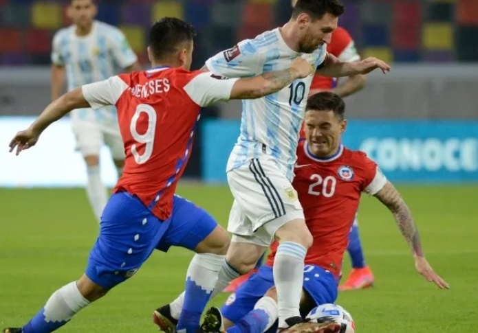Argentina enfrenta a Colombia por las Eliminatorias con público en las tribunas: horario y TV