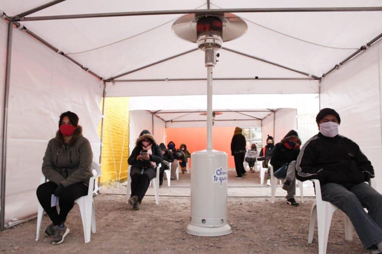Operativo de contención en el Centro de hisopados en Chimbas