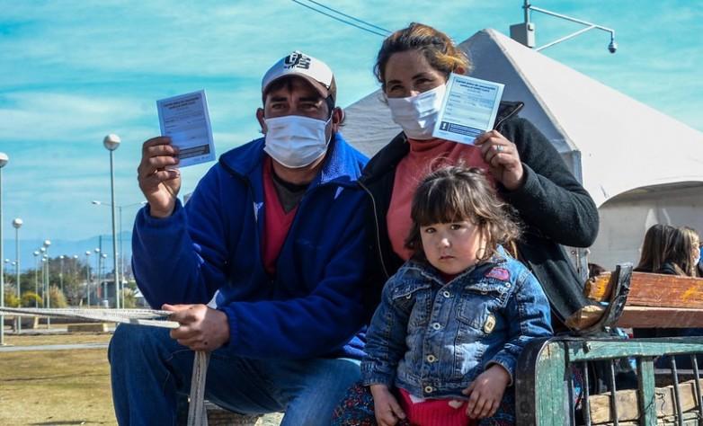COVID-19: en el AutoVac de Chimbas se continúa con éxito la vacunación