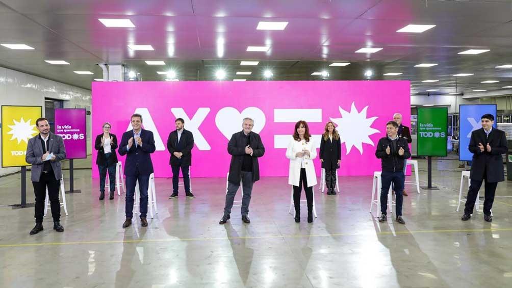 Alberto Fernández, Cristina y Massa presentaron a los candidatos del Frente de Todos para las PASO