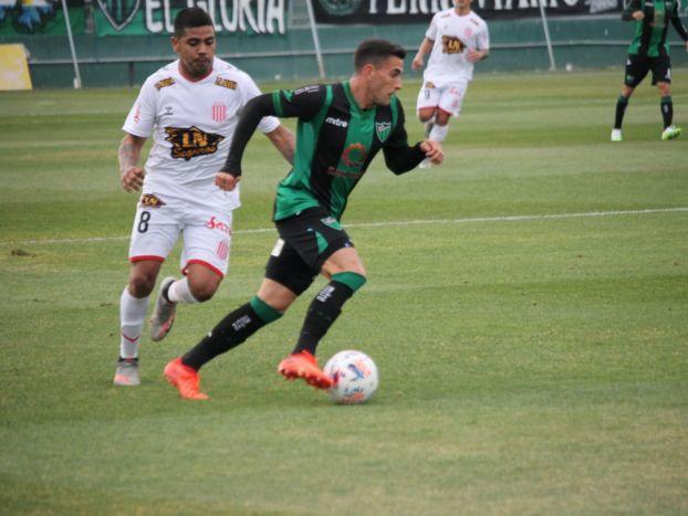 San Martín volvió a perder y sufrió la expulsión de dos jugadores